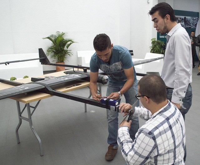 construccion-avion-2-para-prensa